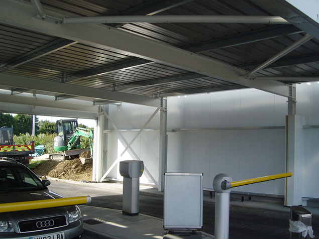 Verdant technologies automated vehicle damage purple parking london stansted airport canopy m4hsunfo